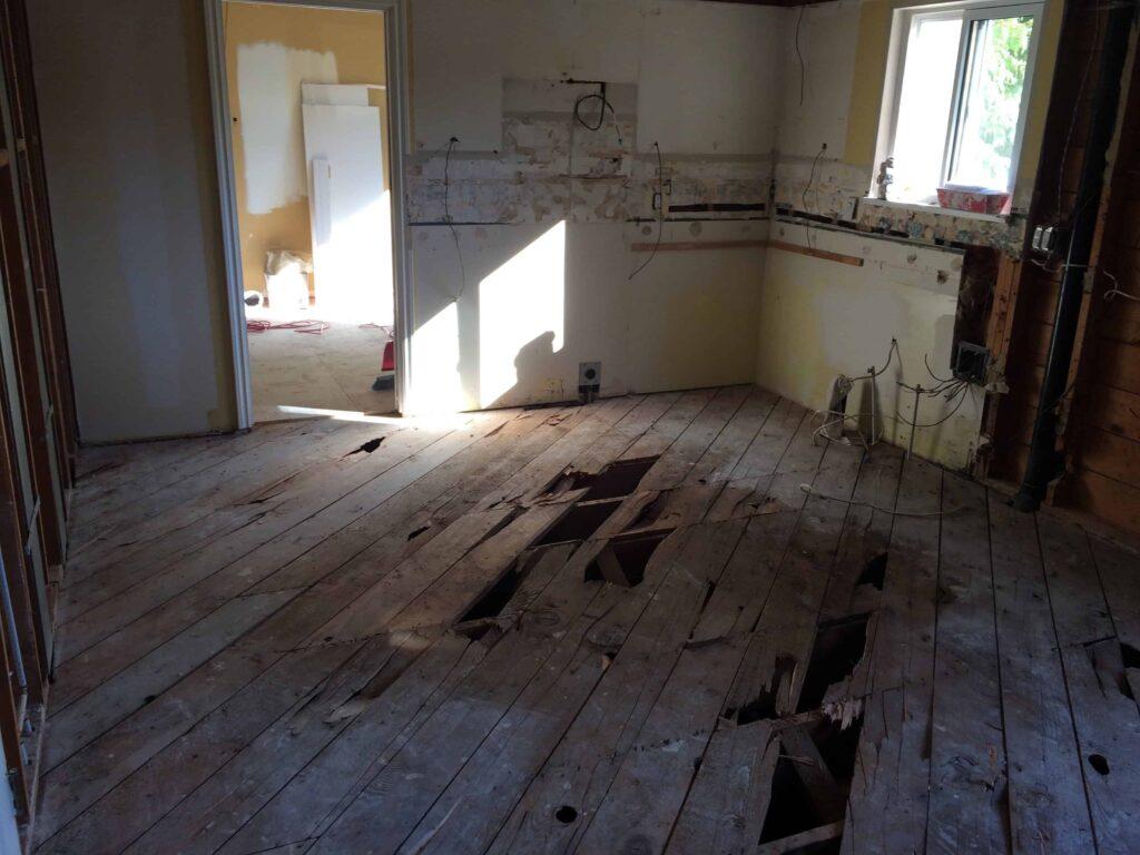 broken-floor