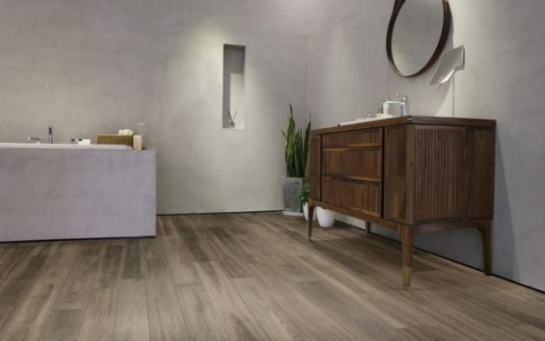 Castlemore by Richmond Laminate